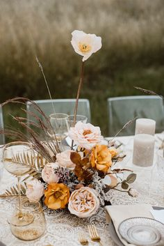 Happy little bloom brought to you by by from our smoke + amber wedding inspiration at Styled Social San… Rustic Wedding Flowers, Boho Wedding, Floral Wedding, Fall Wedding, Bohemian Weddings, Artificial Flowers And Plants, Fake Flowers, Dried Flowers, Country Wedding Inspiration