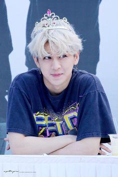 I'm gonna cry Kim Jinhwan, Chanwoo Ikon, Ikon Songs, Yg Artist, Ikon Member, Stan Love, Ikon Wallpaper, Screen Wallpaper, Band