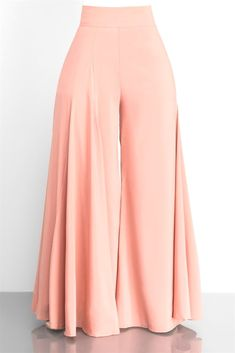 universities, hairstyle trends, synonyms in french, fashion xv boutique l. Fashion Pants, Hijab Fashion, Fashion Outfits, Fashion Advice, Classy Outfits, Beautiful Outfits, Pallazo Pants, Casual Gowns, Pants For Women