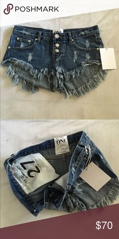 One Teaspoon Bonitas Dark wash Bonita style shorts. New with tags, never worn because they were bought a size too big for me. Goes great with anything! One Teaspoon Shorts Jean Shorts