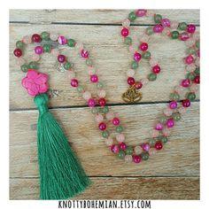 Bekijk dit items in mijn Etsy shop https://www.etsy.com/nl/listing/505419346/agate-mala-necklace-aventurine-mala