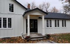 Ideas Exterior Paint Colors For House Split Level Porticos Exterior Paint Colors For House, Paint Colors For Home, Exterior Colors, Exterior Angles, Home Renovation, Home Remodeling, Garage Door Design, Garage Doors, Front Doors