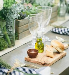 Olive oile: http://www.stylemepretty.com/living/2015/08/30/rustic-chic-outdoor-dinner-party-from-fashionable-hostess/ | Photography: Fashionable Hostess - http://www.fashionablehostess.com/