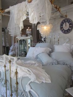 Susie and Mark most Romantic store Posh on Palm...Blue linen bedding, stunning!!