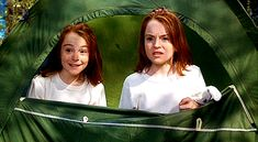 First things first: The Lindsay Lohan version of The Parent Trap is everything. It is an amazing film, and if you haven't seen it, you need to stop whatever you are doing right now and watch it. Parent Trap Twins, Parent Trap Movie, Lindsay Lohan, Movies Showing, Movies And Tv Shows, Summertime Movie, Meredith Blake, Friendship Over, Surviving In The Wild