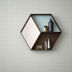 ferm Living – Wall Wonder spejl, røget eg Grid Wallpaper, Wallpaper Patterns, Wallpaper Designs, Spiegel Design, Etagere Design, Deco Design, Home And Deco, Bathroom Inspiration, Hair Inspiration