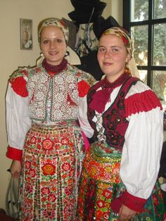 European Countries, Costume Dress, Dress Outfits, Dresses, Czech Republic, Folklore, Hungary, Ethnic, Faces