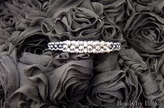 CRAW bracelet with hematit seed beads and silver fire polished beads