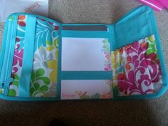 Inside of a fold & go.  You can order online and have your items shipped straight to you - anywhere!!! www.mythirtyone.com/aburbank
