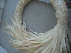Any straw wreath will do.I purchased mine at Hobby Lobby. The corn husks can be found at your local grocery store. Spring Front Door Wreaths, Christmas Mesh Wreaths, Holiday Wreaths, Ribbon Wreaths, Winter Wreaths, Floral Wreaths, Burlap Wreaths, Prim Christmas, Spring Wreaths