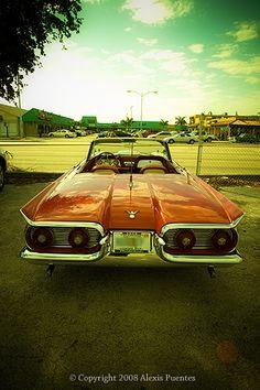 1959 Ford Thunderbird.