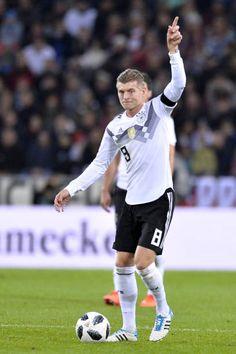 reputable site 92c7e 470c9 226 Best Toni Kroos images in 2019 | Toni kroos, Football ...