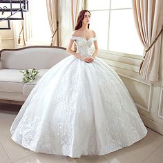 Ball Gown Wedding Dress Floor-length Off-the-shoulder Lace / Tulle with Pattern – USD $ 159.99