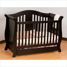 Stork Craft Vittoria 3-in-1 Convertible Dark Wood Tone Crib package.&bedding set