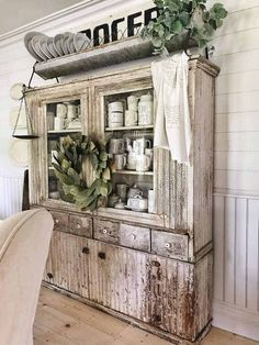 Ten Beautiful Farmhouse Style Hutches - Little Glass Jar Farmhouse Style Furniture, Farmhouse Style Kitchen, Country Farmhouse Decor, French Farmhouse, French Country, Diy Interior, China Hutch Decor, Dining Room Hutch, Kitchen Hutch