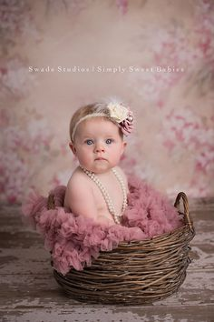 Swade Studios Photography Specializing in custom newborn and baby photography in Kansas City Birthday Girl Pictures, Baby Girl Pictures, Newborn Pictures, 3 Month Old Baby Pictures, Newborn Baby Photography, Children Photography, 6 Month Baby Picture Ideas, Book Bebe, Toddler Photos