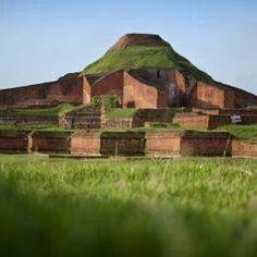 Bangladesh Ruines du Vihara bouddhique de Paharpur