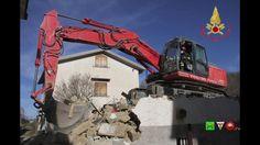 Sisma centro Italia - I soccorsi dei Vigili del Fuoco - 31/12 Amatrice  ...