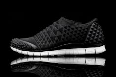 NIKE – FREE ORBIT II SP