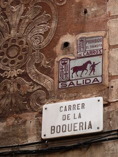 Prohibido el tránsito de carros - Calles de #Barcelona http://www.viajarabarcelona.org/ #Catalunya