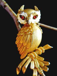 Trifari Owl Brooch Vintage Figural Gold Tone by RenaissanceFair, $39.50