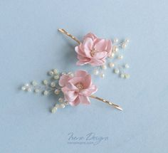 Items similar to Petal pink flowers and beads bobby pin. Wedding flower hairpin on Etsy Bridal Headpieces, Headpiece Wedding, Wedding Veils, Pink Fabric, Fabric Flowers, Hair Jewelry, Bridal Jewelry, Flowers In Hair, Pink Flowers