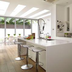 White kitchen with large island unit Open Plan Kitchen Living Room, All White Kitchen, New Kitchen, Kitchen Ideas, Dining Room, Contempory Kitchen, White Contemporary Kitchen, Small Kitchen Cabinets, Kitchen Photos