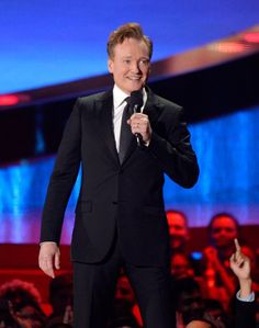 """Pin for Later: The Funniest Quotes of the MTV Movie Awards Conan O'Brien """"Nick Lachey, my eyes are up here."""" — On his sweet bod Funniest Quotes, Funny Quotes, Nick Lachey, Conan O Brien, Mtv Movie Awards, Funny Moments, Photo Galleries, Hollywood, Entertaining"""