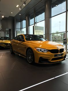 BMW M4 in Speed Yellow shows up at Abu Dhabi dealership - http://www.bmwblog.com/2017/02/28/bmw-m4-in-speed-yellow/