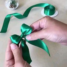 Diy Bow, Diy Hair Bows, Diy Ribbon, Ribbon Crafts, Ribbon Bows, How To Tie Ribbon, Diy Crafts For Gifts, Diy Home Crafts, Creative Crafts