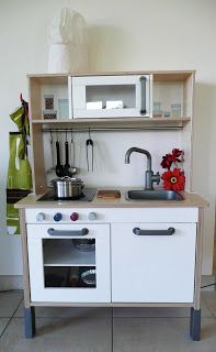 1000 images about play kitchen ikea on pinterest ikea play kitchen play kitchens and ikea. Black Bedroom Furniture Sets. Home Design Ideas