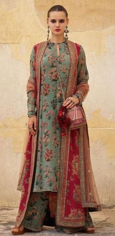2019 Sabyasachi Charbagh Bridal Lehenga collection has a bunch of traditional red wedding lehengas, some gorgeous destination wedding outfits + lots more. Sabyasachi Dresses, Pakistani Dresses, Indian Dresses, Lehenga Choli, Indian Outfits, Anarkali, Sabyasachi Lehenga Bridal, Sharara, Kurti Designs Party Wear