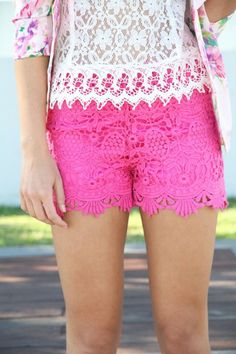 Pink Lace shorts Ness from sabo skirt brand new size S Neon Pink Shorts, Pink Lace Shorts, Mode Style, Style Me, Girl Style, Hot Pink Fashion, Vogue, Victoria, Sabo Skirt