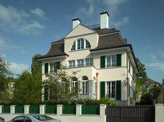 Haus Dornier Eckansicht Wooden Shutters, Wooden Windows, Hans Kollhoff, Cast Iron Gates, Villa, Hip Roof, Classic House, White Paints, Interior And Exterior