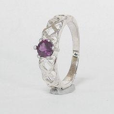 Top Round Pink- Purple Natural Rhodolite Garnet in Silver Ring Pink Purple, Garnet, Gemstone Rings, Etsy Seller, Fine Jewelry, Silver Rings, Engagement Rings, Gemstones, Natural