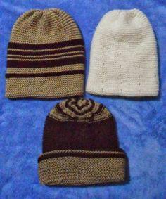 Bine ati venit pe blogul nostru. Va uram lectura placuta!: Căciuli pentru bărbați tricotate