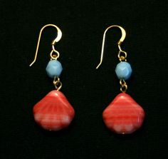 I love the color combination!  Seashore Earrings by HabibiShabibiDesigns