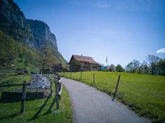 Wanderweg zu den Seerenbachfällen (oben links) Sidewalk, Mountains, Nature, Travel, Communities Unit, Tourism, Naturaleza, Viajes, Side Walkway