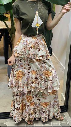 Diy Fashion, Ideias Fashion, Fashion Outfits, Womens Fashion, Fashion Trends, Skirt Outfits, Chic Outfits, Long Skirt Fashion, Western Dresses