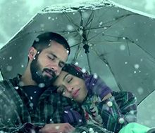 Gulon Mein Rang song from the movie 'Haider' starring Shahid Kapoor and Shraddha Kapoor