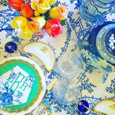 This weeks tabletop filled with some of my favorite pretties💙 Bright Color Schemes, White Table Top, Tabletop Accessories, Embroidery Monogram, Blue And White China, Dallas Wedding, Good Energy, Ginger Jars, Table Settings
