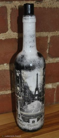 Discover thousands of images about decoupage Wine Bottle Art, Diy Bottle, Bottle Vase, Wine Bottle Crafts, Bottles And Jars, Glass Bottles, Wine Craft, Vintage Wine, Vintage Ideas