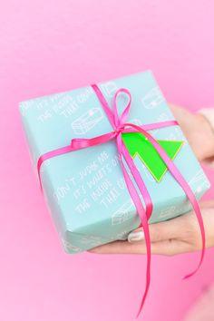 Awesome Gift Wrap Pairings | studiodiy.com
