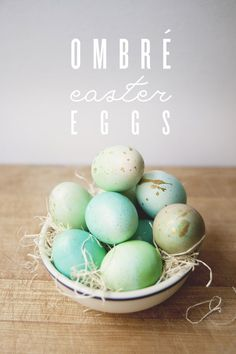 Easy DIY Ombre Easter Eggs, Inspired Easter Egg Decorating Ideas, DIY Holiday Crafts #2014 #diy #easter #eggs #crafts www.foodideasrecipes.com