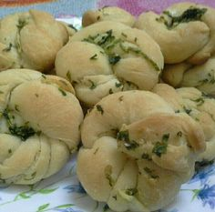 Good morning Saturday, garlic bread for breakfast. Good Morning Saturday, Garlic Bread, Crochet Hats, Potatoes, Vegetables, Breakfast, Garden, Food, Knitting Hats