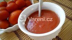 Máte nadbytek rajčat? Připravte z nich rajčatový protlak, který můžete libovolně dochutit a upravovat. Vareni.cz - recepty, tipy a články o vaření. Caramel Apples, Fondue, Pudding, Cheese, Ethnic Recipes, Desserts, Tailgate Desserts, Deserts, Custard Pudding