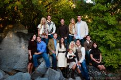 Outdoor Family Portrait Ideas | What Colors to Wear for Photo Shoot~Tips & Ideas | Swensen Photography