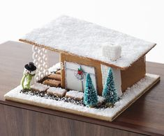 It's Christmas time and not at all too early to make a fanciful and happy candy decorated gingerbread house to decorate your home or table… Gingerbread House Designs, Gingerbread House Parties, Gingerbread Village, Christmas Gingerbread House, Christmas Cookies, Gingerbread House Cookie Recipe, Cardboard Gingerbread House, Gingerbread Decorations, Modern Christmas
