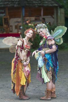 Fairy Gossip by atistatplay Faerie Costume, Fairy Costumes, Fantasy Costumes, Cosplay Costumes, Cosplay Ideas, Renaissance Fair Costume, Medieval Costume, Renaissance Fairy, Halloween Kostüm