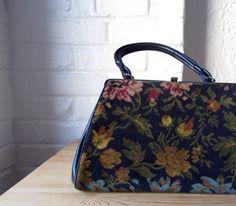 Needlepoint purse . 60s tapestry bag . 1960s floral carpet handbag.